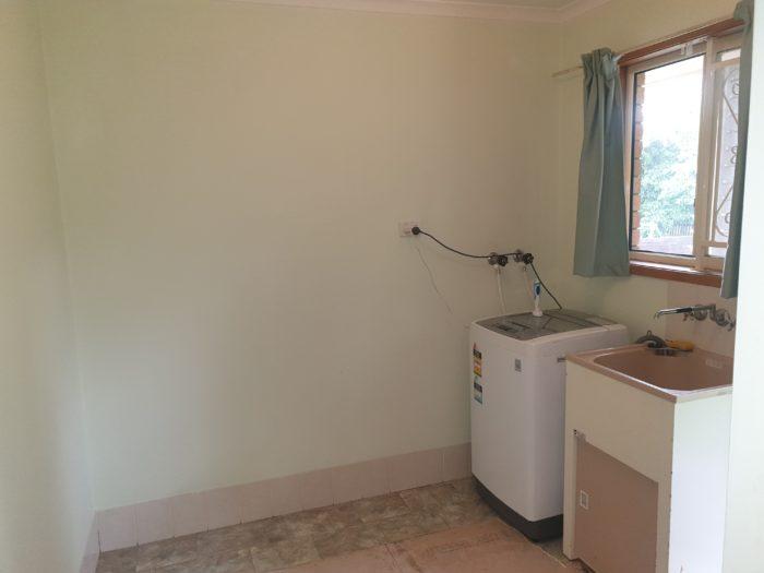 Ken Mckay Homes - Laundry Area
