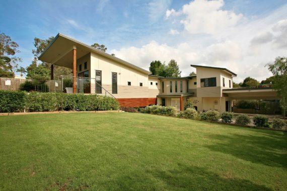 Ken Mckay Homes - Contemporary Home - Everton Park