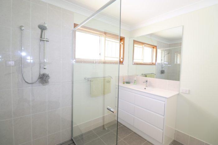 Ken Mckay Homes - Bathroom Renovation