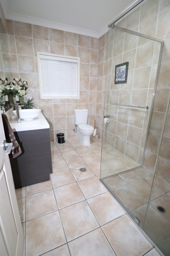 Ken Mckay Homes - Bathroom Renovation